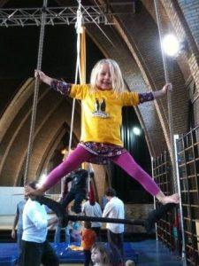 Winterstage Circus & Lucht- en grondacro, 6-12 jaar @ Kapelzaal | Leuven | Vlaanderen | België